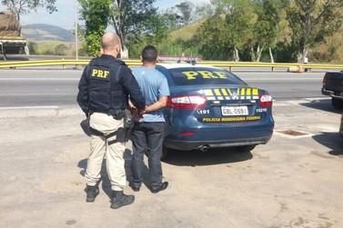 Motorista é preso com CNH falsa na Via Dutra, em Volta Redonda