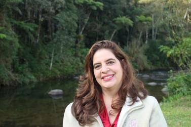 Trilogia 'O clã das amazonas' tem história baseada na região de Visconde de Mauá
