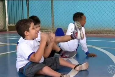 Alunos de Barra Mansa participam de atividades esportivas adaptadas