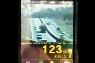 Condutores são flagrados acima do limite de velocidade permitido no Sul do Rio