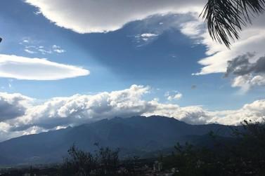 Meteorologia prevê céu nublado, sol e temperaturas amenas no domingo de eleições