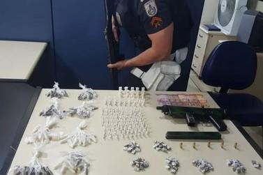 Suspeito é preso com metralhadora durante operação da PM em Angra
