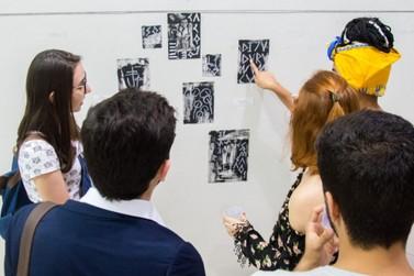 Exposição 'Medos Modernos' pode ser conferida em Volta Redonda
