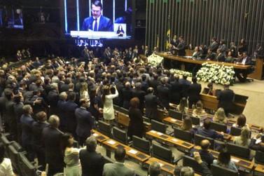Bolsonaro diz que quer iniciar novo capítulo na história do país