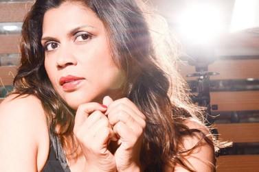 Cláudia Martins se apresenta com show Bossa and Jazz em Penedo
