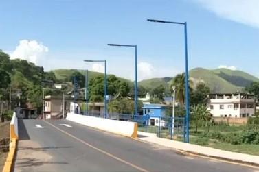 Depois de anos de espera, ponte da Roseira, em Barra do Piraí, é reconstruída