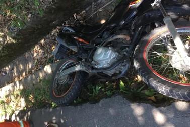 Motociclista morre em batida com carro na Rio-Santos, em Angra dos Reis