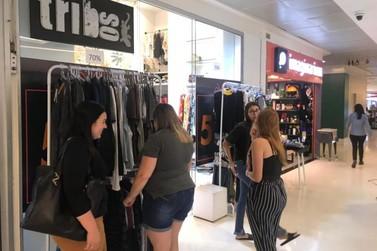 A tradicional promoção Etiqueta Amarela continua no Sider Shopping