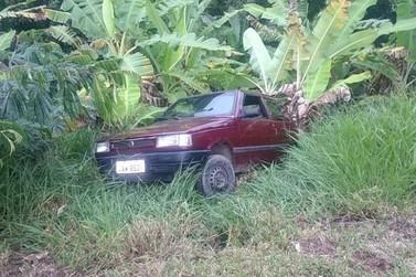 Após carro cair em ribanceira, motorista é preso por dirigir embriagado na Dutra