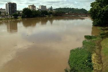 Após forte temporal, nível do Rio Paraíba do Sul aumenta no Sul do Rio