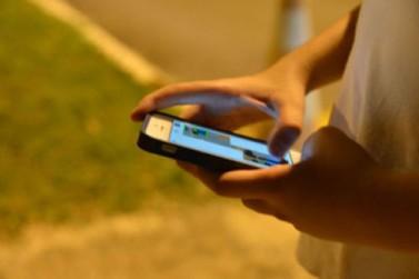 Especialistas alertam sobre uso exagerado de celulares