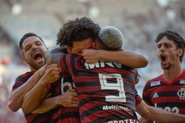 Flamengo repete os 2 a 0 do primeiro jogo e é campeão