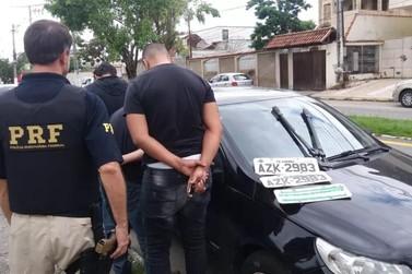 Homem é preso com placas de carro furtadas na Via Dutra, em Itatiaia
