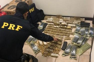 Carregamento com quase 2 mil munições para fuzil é encontrado em forro de carro