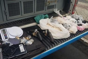 PM prende chefe do tráfico da Banqueta e mais cinco suspeitos em Angra