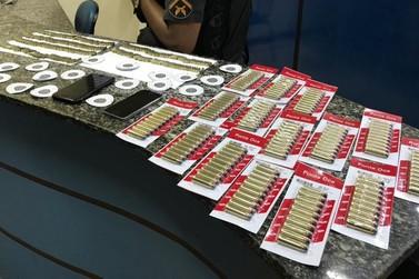 PM apreende 480 munições em carro durante fiscalização de rotina em Vassouras