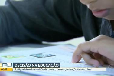 Justiça do RJ manda governo revisar plano da rede estadual de ensino