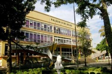 Escolas públicas de Volta Redonda retomam aulas online em fevereiro