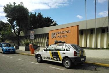 Dupla é presa após ameaçar mulher e roubar celular em Resende