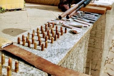 Espingarda e mais de 2 kg de maconha são apreendidos pela PM em Três Rios