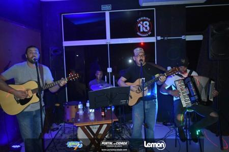 Show musical na Havana's Pub em Cruzeiro do Oeste