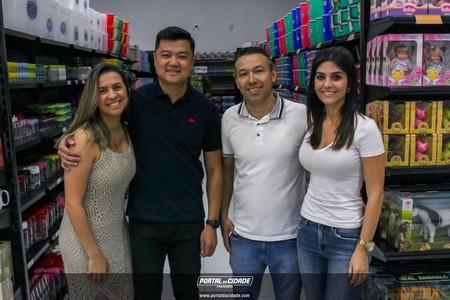 Inauguração loja Super Real