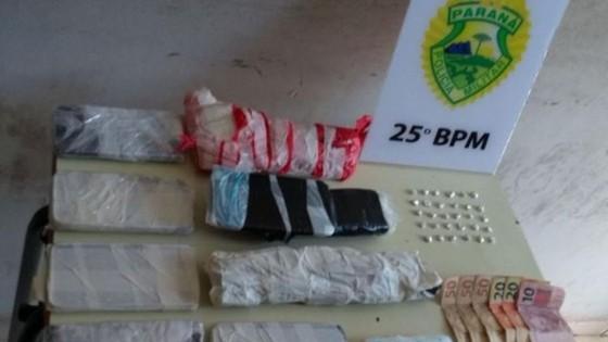 81b6769ae Homem é preso com drogas e celulares embalados no Sonho Meu II, em Umuarama